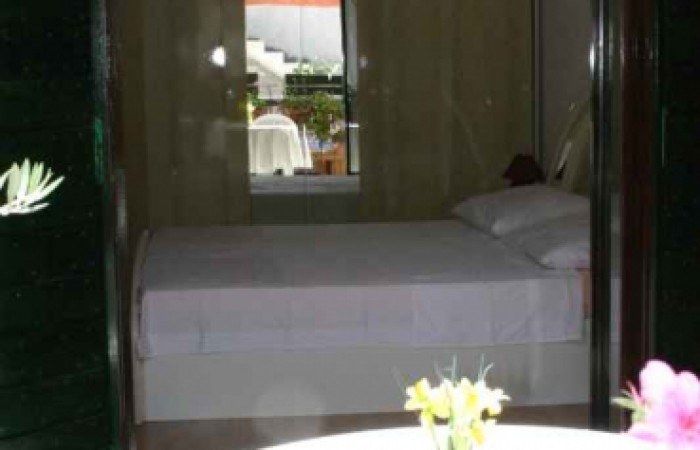 Pansion apartmani Napoli: S2